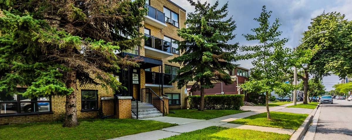 rent-apartments-in-toronto-133-gamble-avenue-danforth